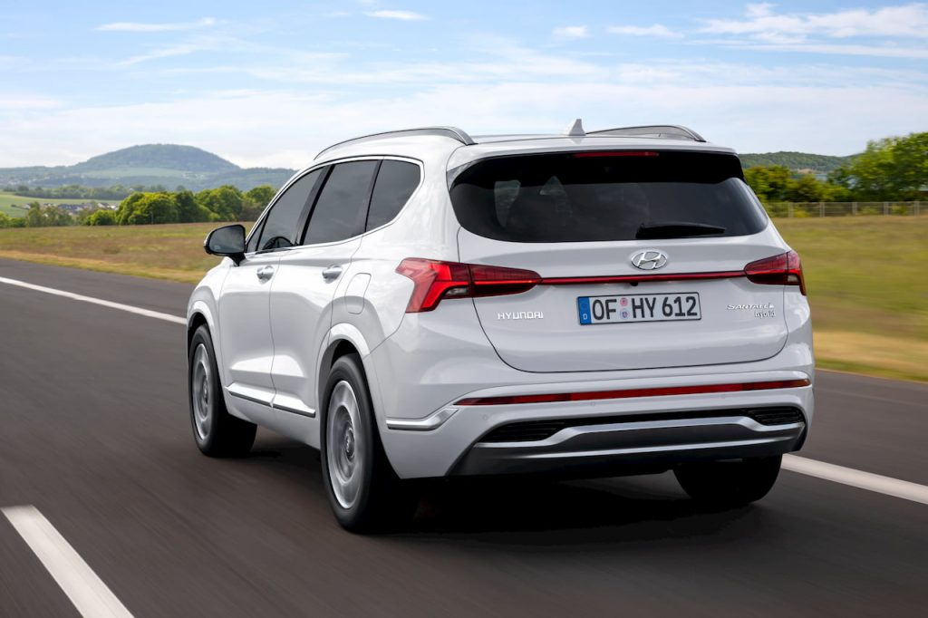 2021 Hyundai Santa Fe Hybrid rear three quarter