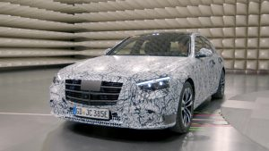 2021 Mercedes S-Class W223 test prototype front