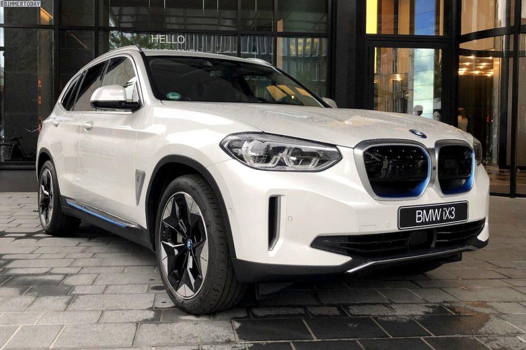BMW iX3 front quarters live image