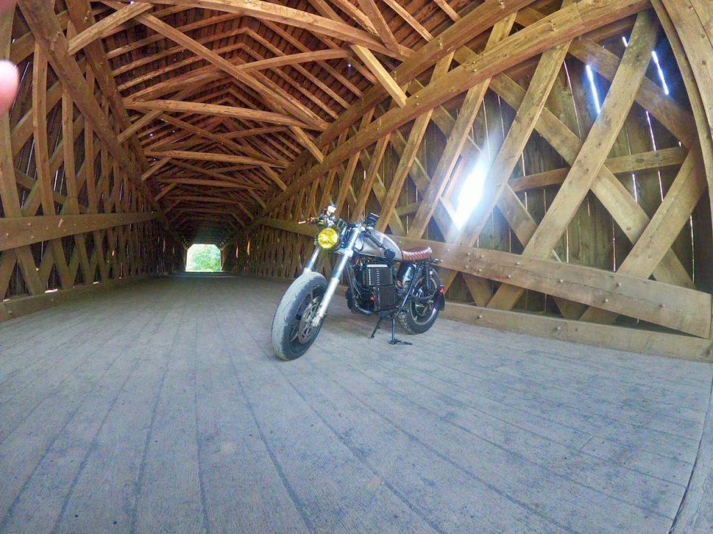 Honda CB200 elctric Cafe Racer build (6)
