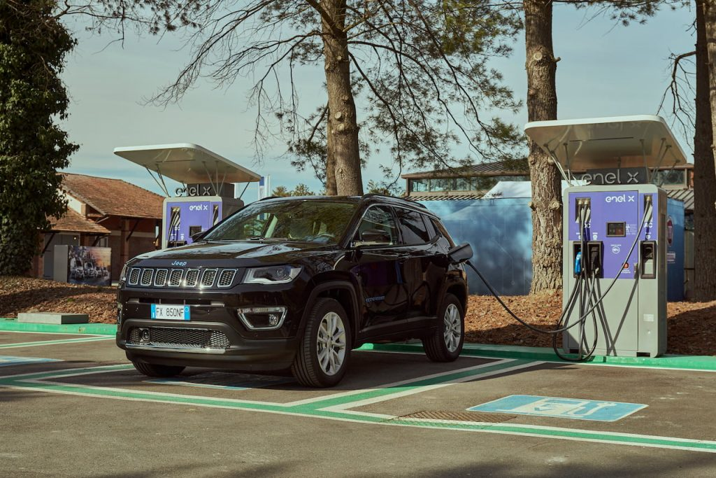 Jeep Compass 4xe plug-in hybrid charging