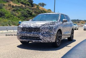 Next-gen 2022 Mitsubishi Outlander front quarters spy shot