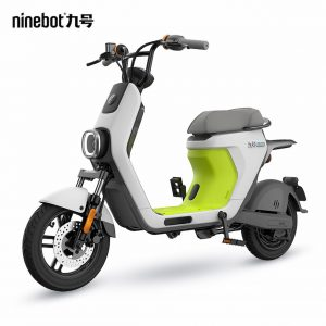 Ninebot C30 front quarters
