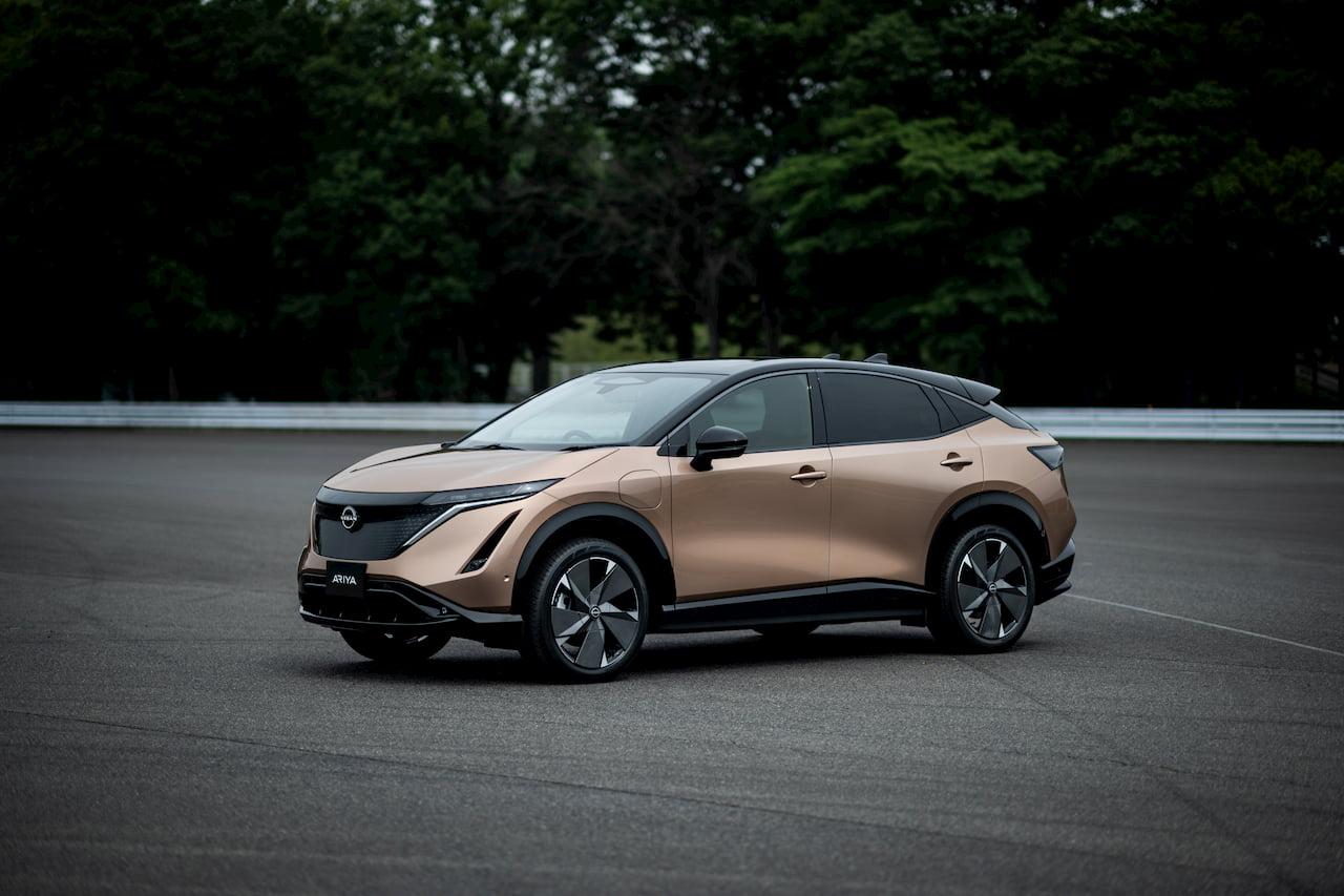 Production Nissan Ariya front quarters