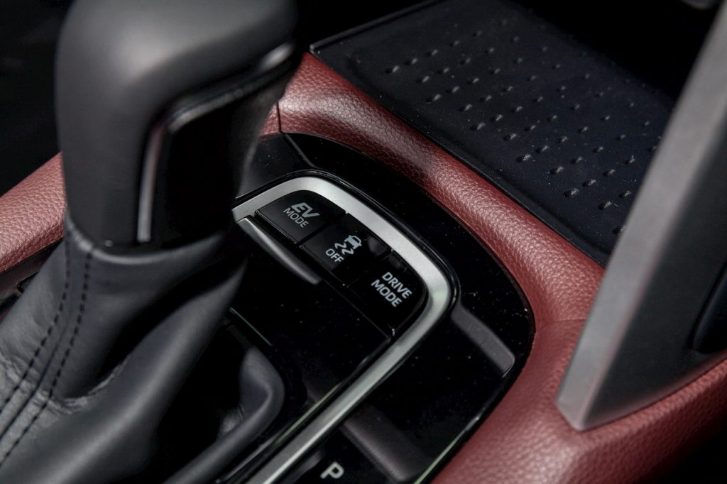 Toyota Corolla Cross Hybrid EV mode photo