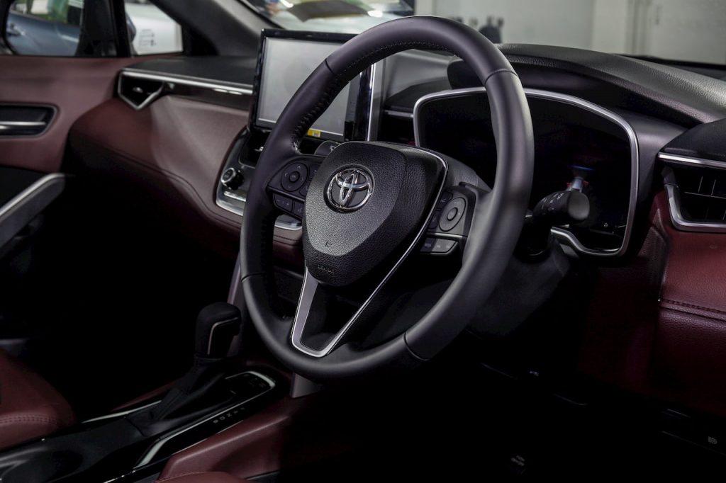 Toyota Corolla Cross Hybrid interiors dashboard photo