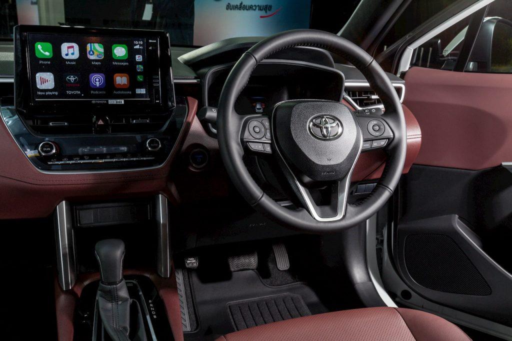Toyota Corolla Cross Hybrid steering wheel interior photo