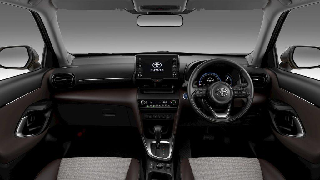Toyota Yaris Cross Hyrid dashboard