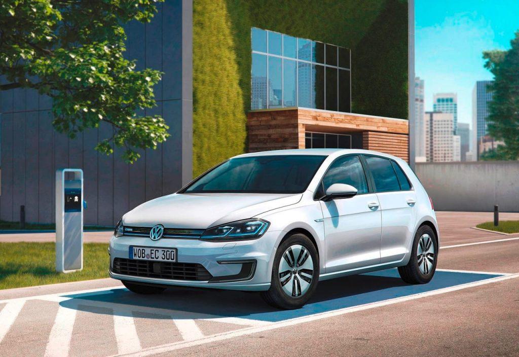 Volkswagen e-Golf front quarter view