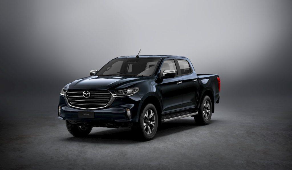 2020 Mazda BT-50 front quarters