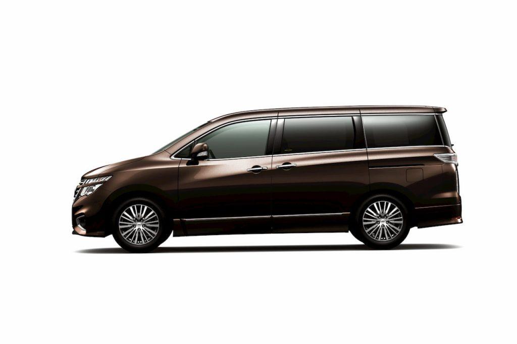 Nissan Elgrand E52 facelift profile side