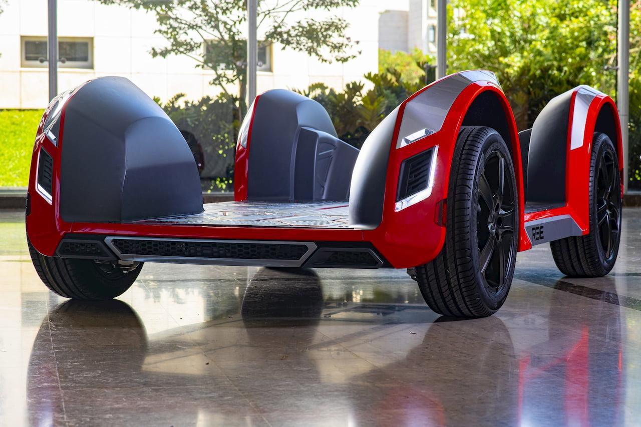 REE modular electric car platform