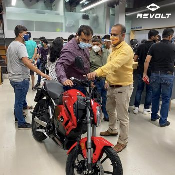 Revolt electric bike bookings & showroom in Mumbai now open