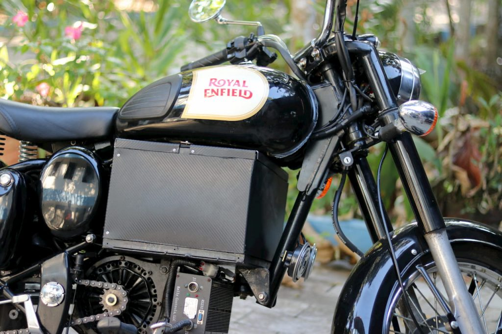 Royal Enfield Bullet electric bike conversion Hound Electric