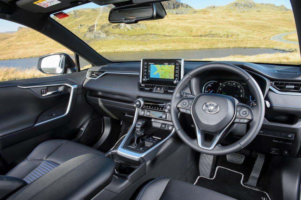 Toyota RAV4 Hybrid interior dashboard XA50
