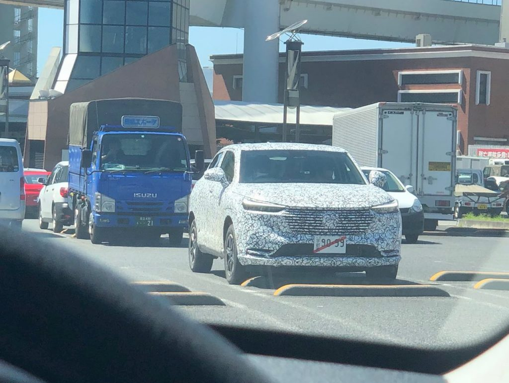 2021 Honda HRV front three quarters spied