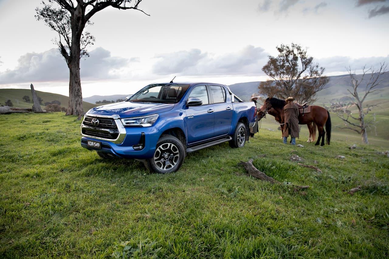 2021 Toyota Hilux front quarters live image