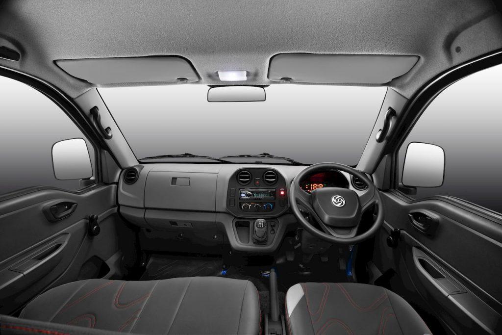 Ashok Leyland Bada Dost interior dashboard