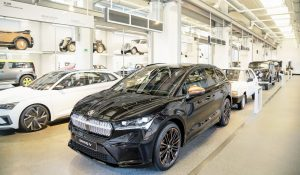 Skoda Enyaq iV Founders Edition front three quarters