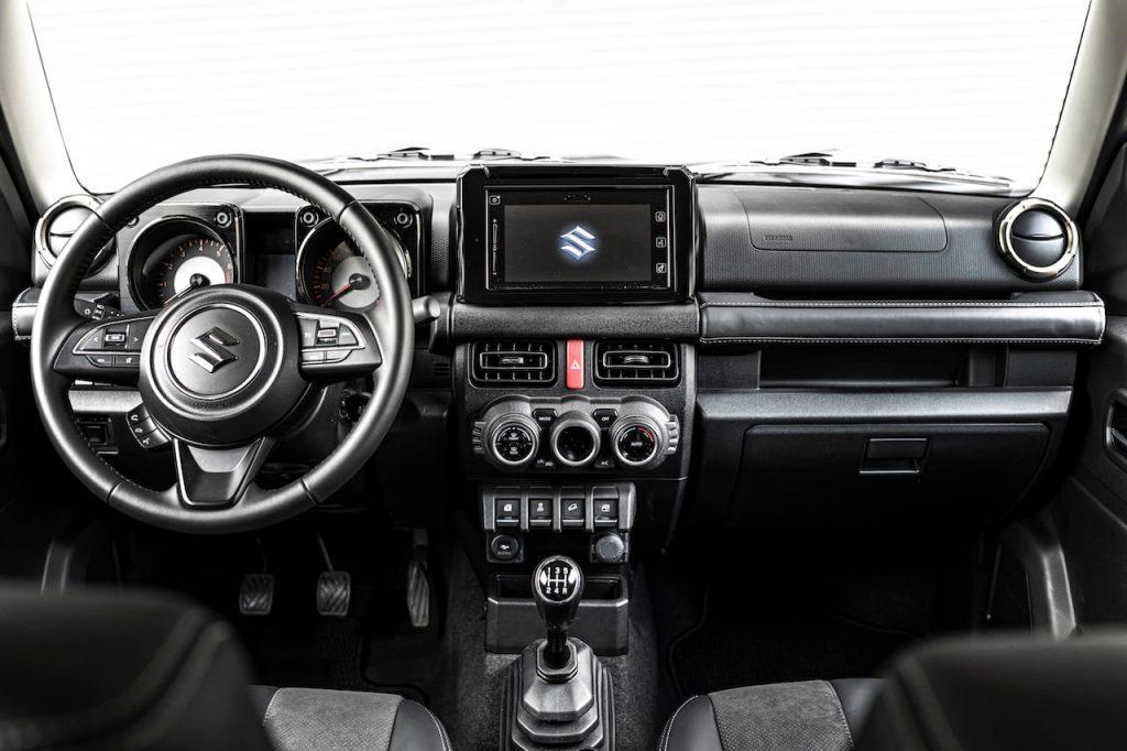Suzuki Jimny Gan interior dashboard