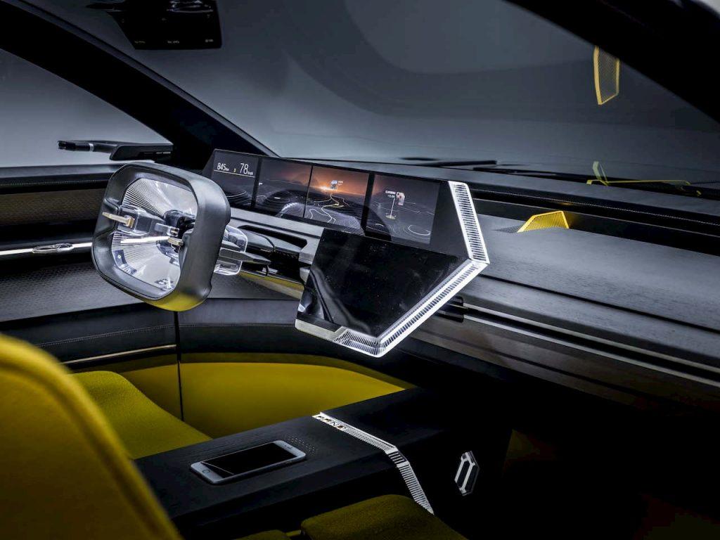 2020 Renault Morphoz concept interior dashboard