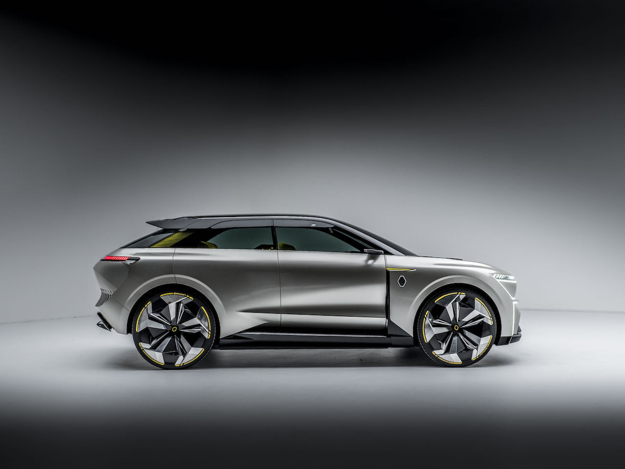 2020 Renault Morphoz concept profile side