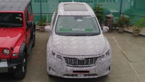 2021 Mahindra XUV500 roof spy shot