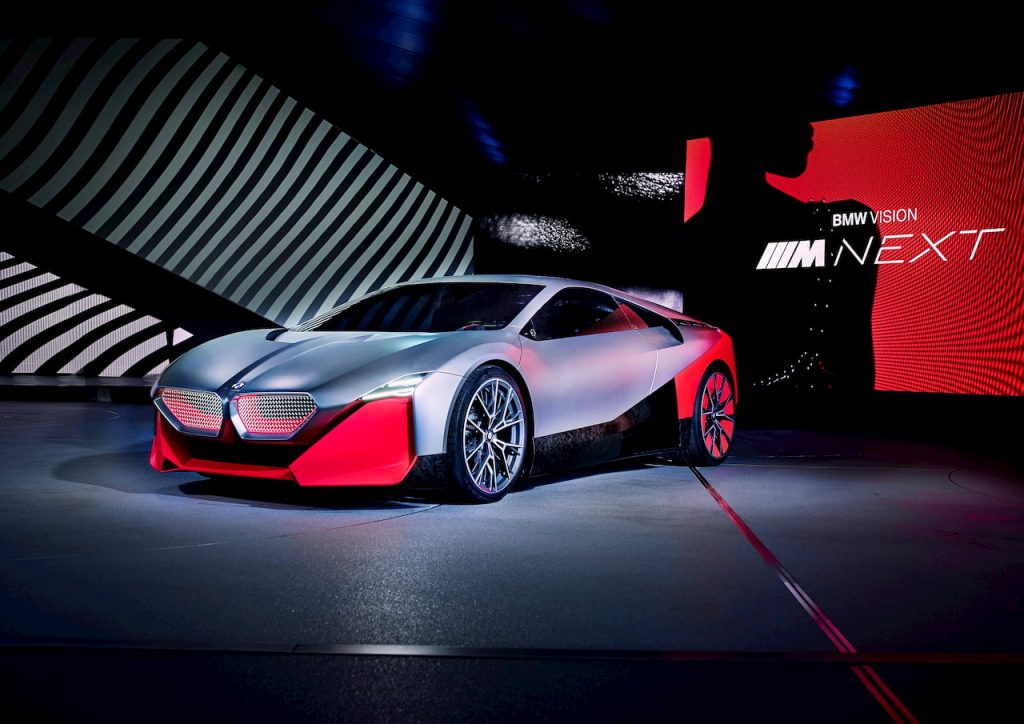 BMW Vision M NEXT front quarters EVW
