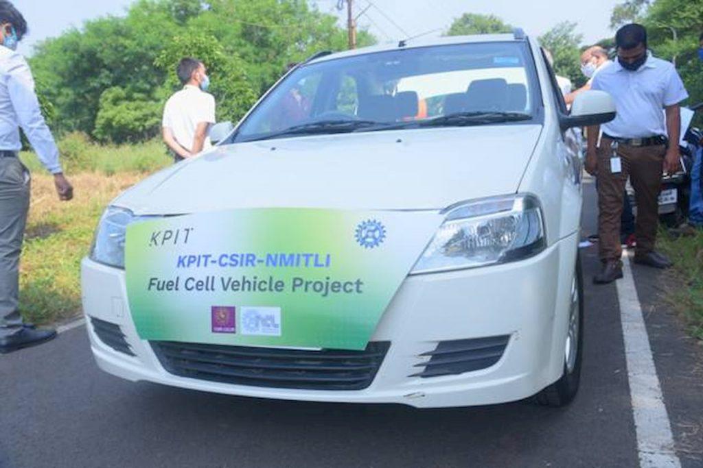 Mahindra eVerito hydrogen FCEV front