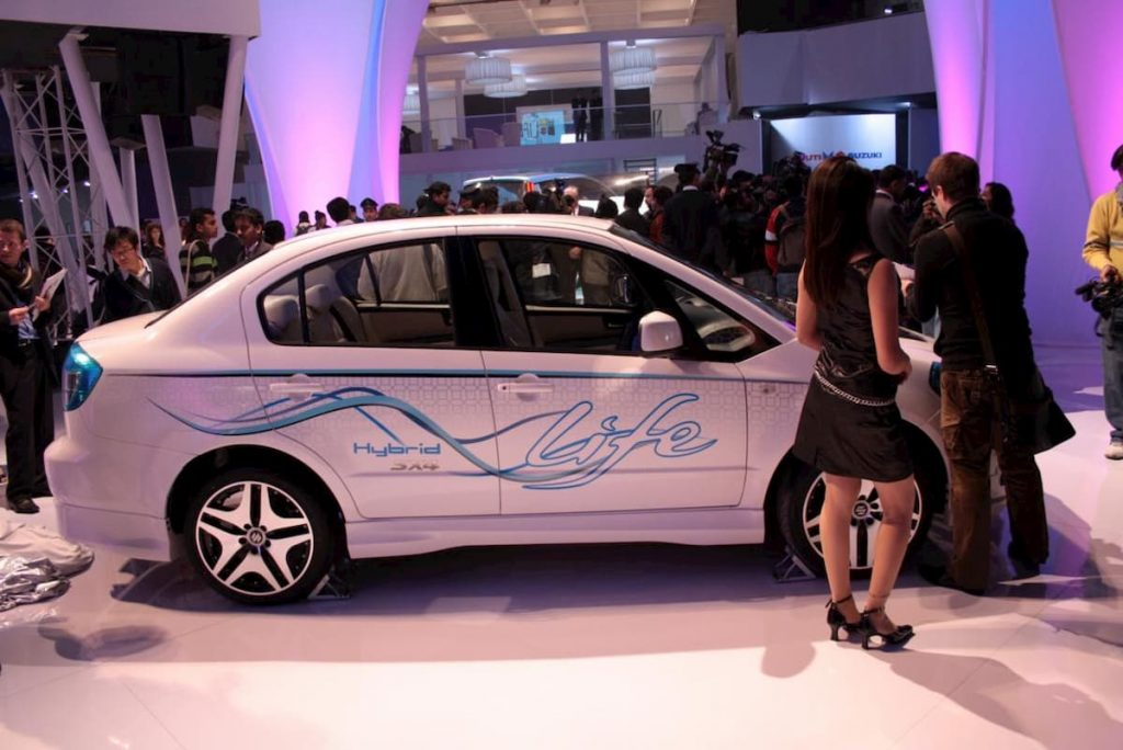 Maruti SX4 Hybrid side profile at 2010 Auto Expo
