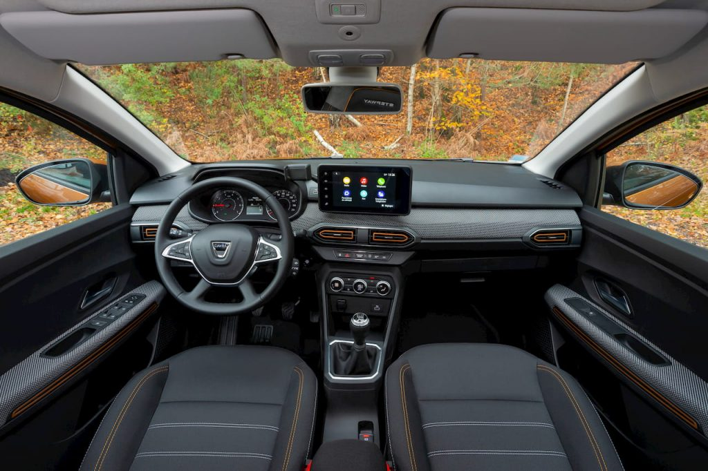 2021 Dacia Sandero Stepway interior dashboard