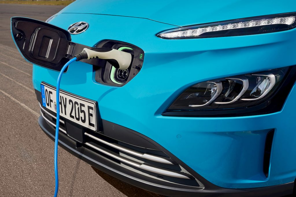 2021 Hyundai Kona Electric facelift charging