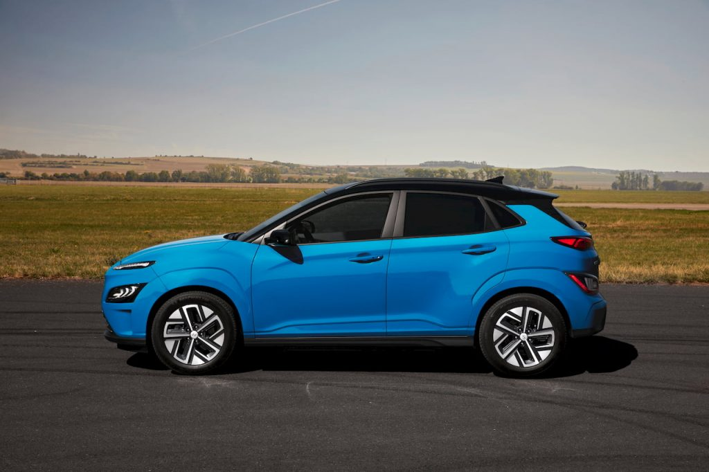 2021 Hyundai Kona Electric facelift side profile