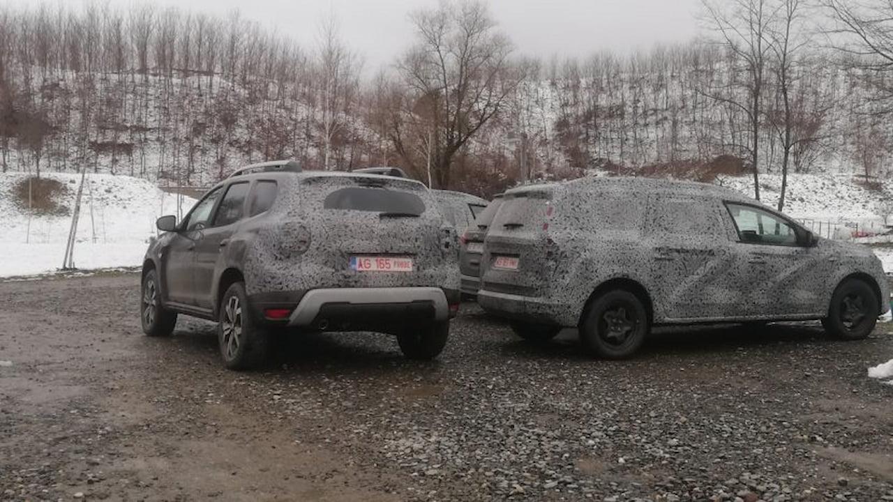 New 7-seat Dacia wagon-cross spy shot