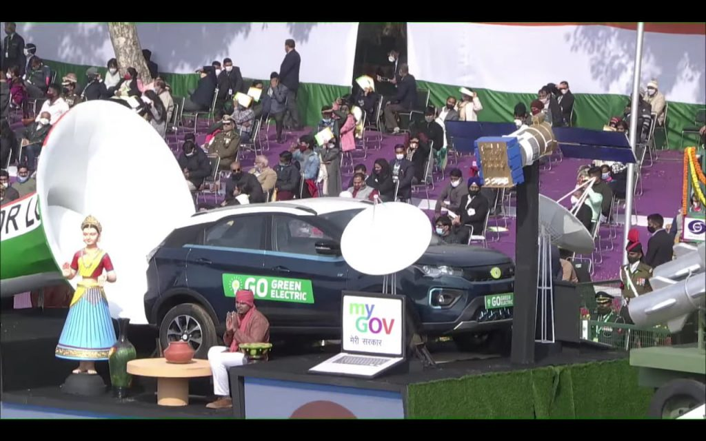 Tata Nexon EV front quarters Republic Day Parade 2021