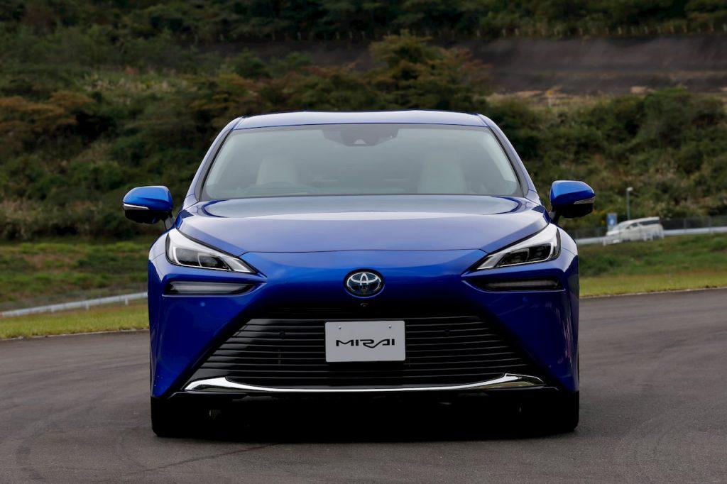 2021 Toyota Mirai front drive