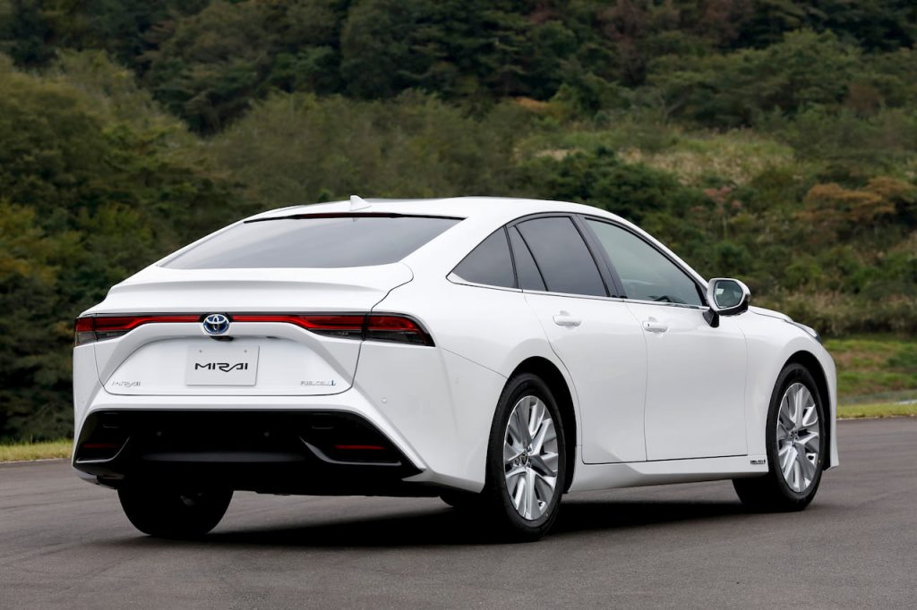 2021 Toyota Mirai rear quarters drive