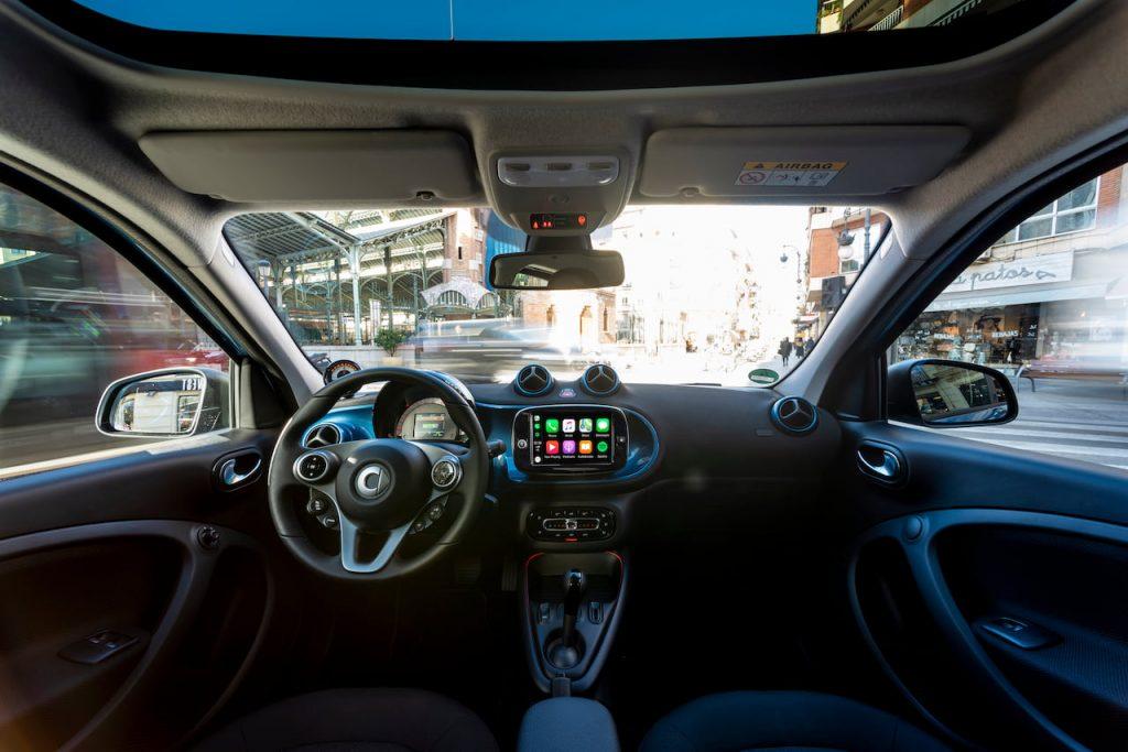 smart EQ forfour interior dashboard