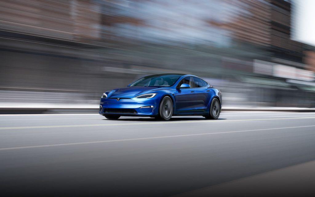 2021 Tesla Model S facelift blue front quarters