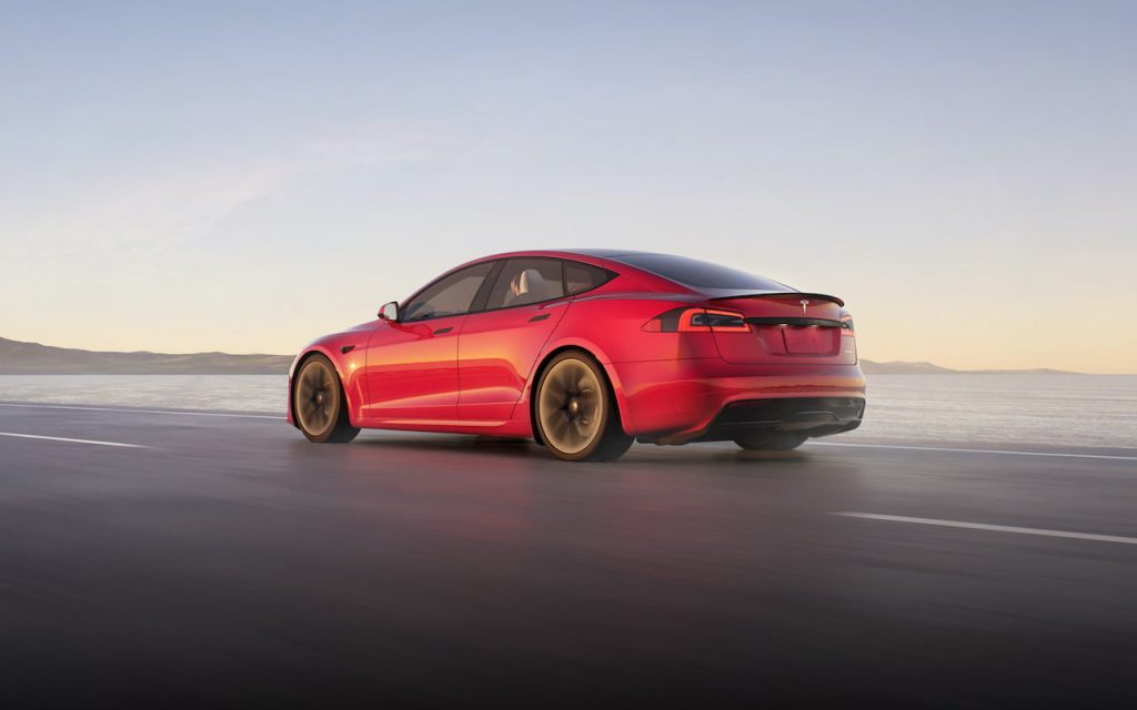 2021 Tesla Model S facelift rear quarters