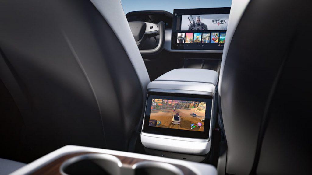 2021 Tesla Model S facelift rear screen entertainment