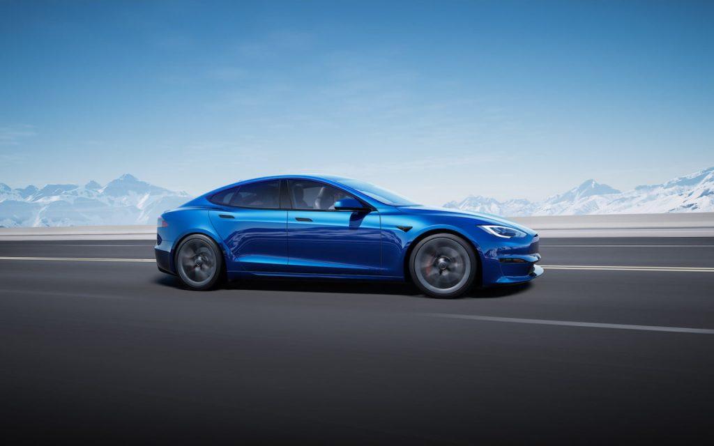 2021 Tesla Model S facelift side profile
