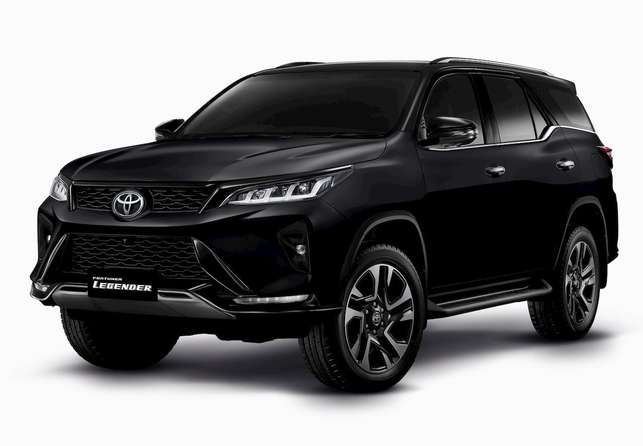 New Toyota Fortuner Legender black front quarters