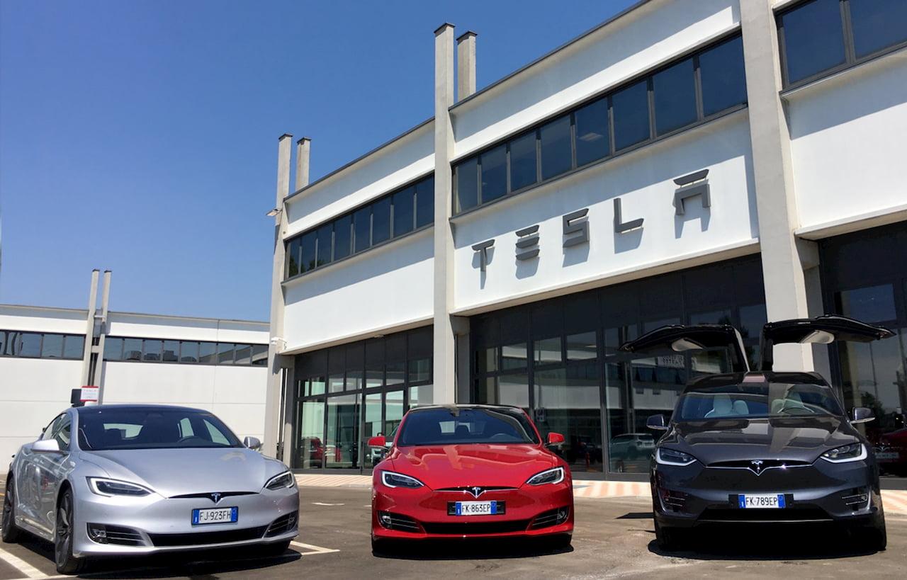 Tesla service centre Model S Tesla Model X