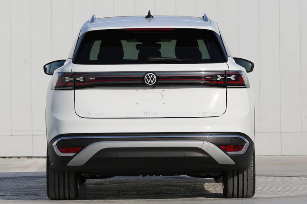 VW ID.6 Crozz rear leaked
