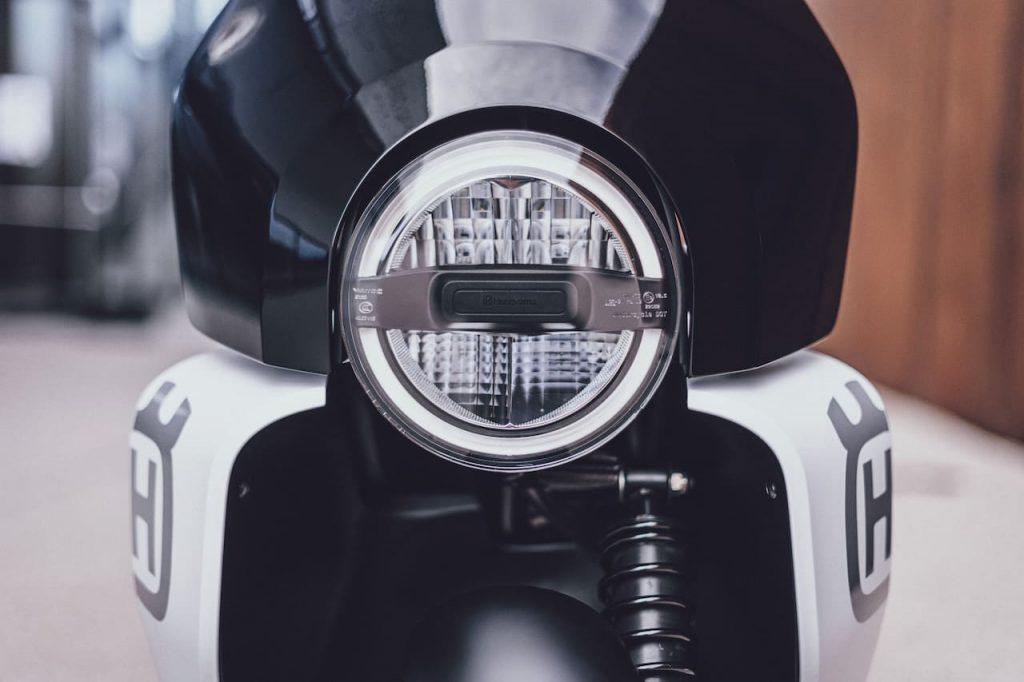 Husqvarna Vektorr Concept headlamp