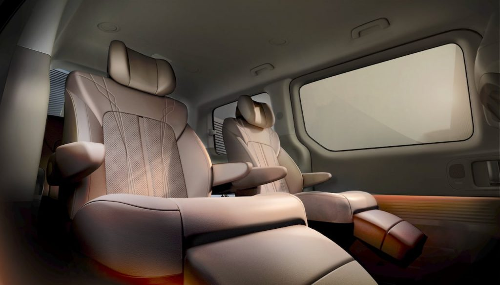 Hyundai Staria (New Hyundai H1 2021) rear seats teaser