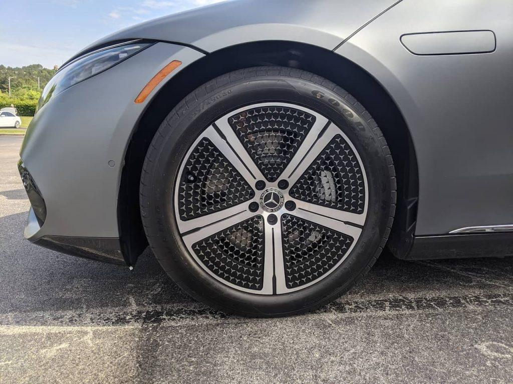 US-spec Mercedes EQS wheel