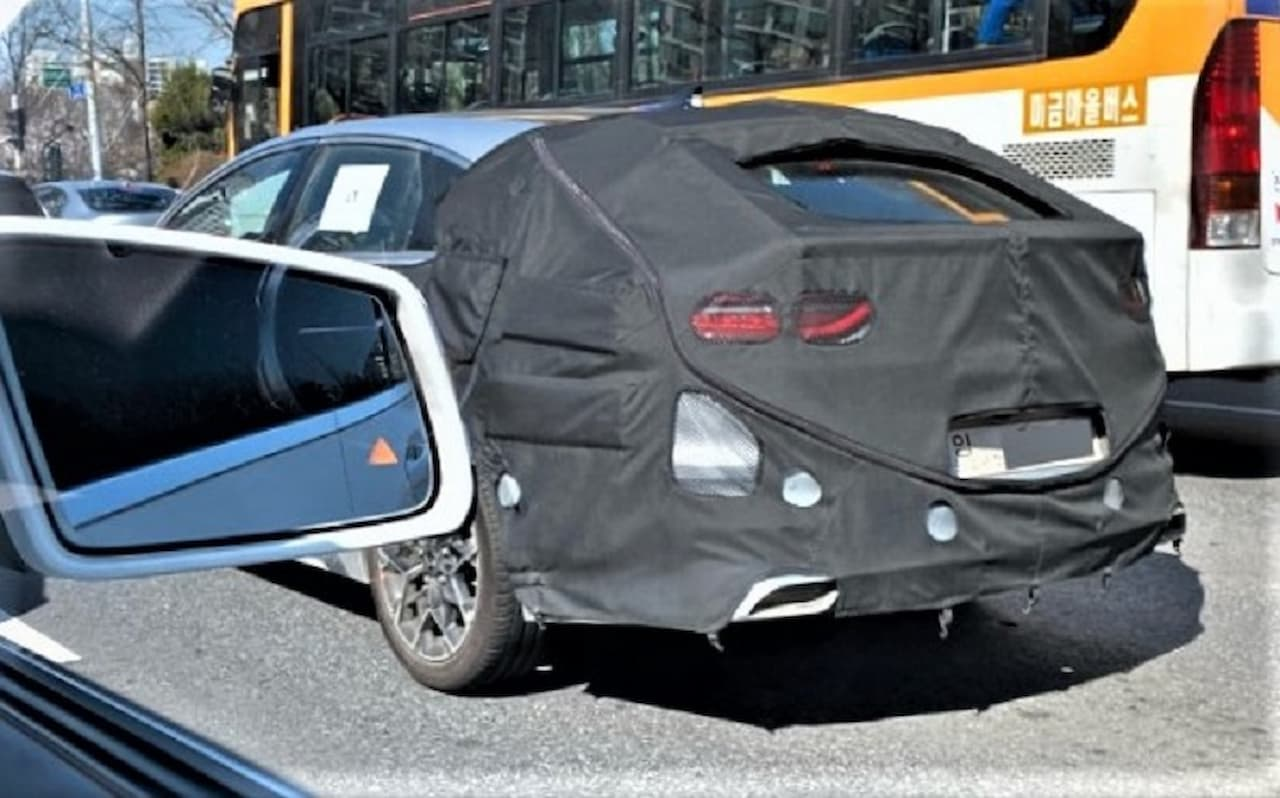 2022 Kia Proceed facelift spied