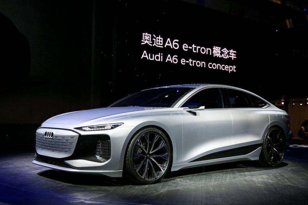 Audi A6 e-tron concept front three quarters